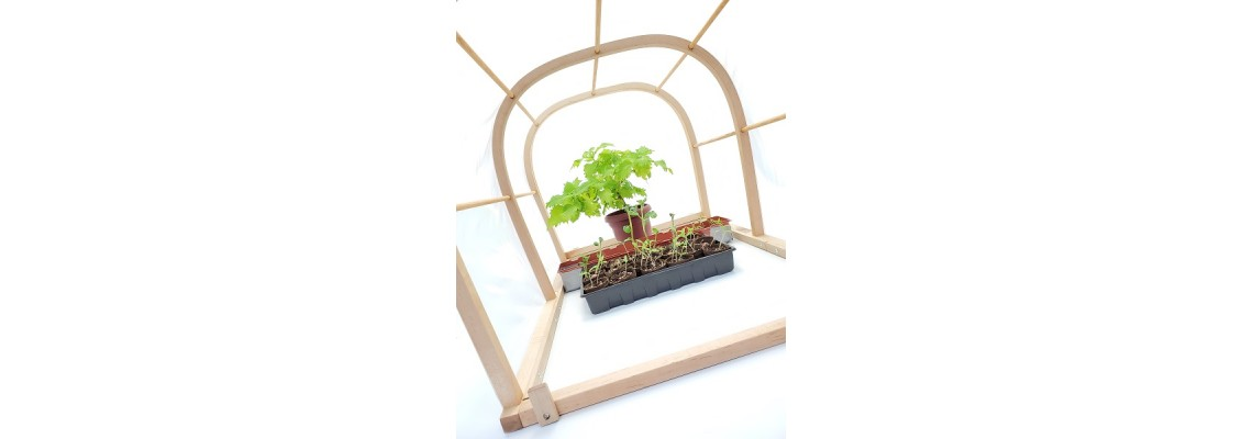 Mini sowing greenhouse and vegetable garden ''Let's grow''